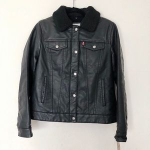New LEVI'S Faux Shearling Collar & Leather Jacket